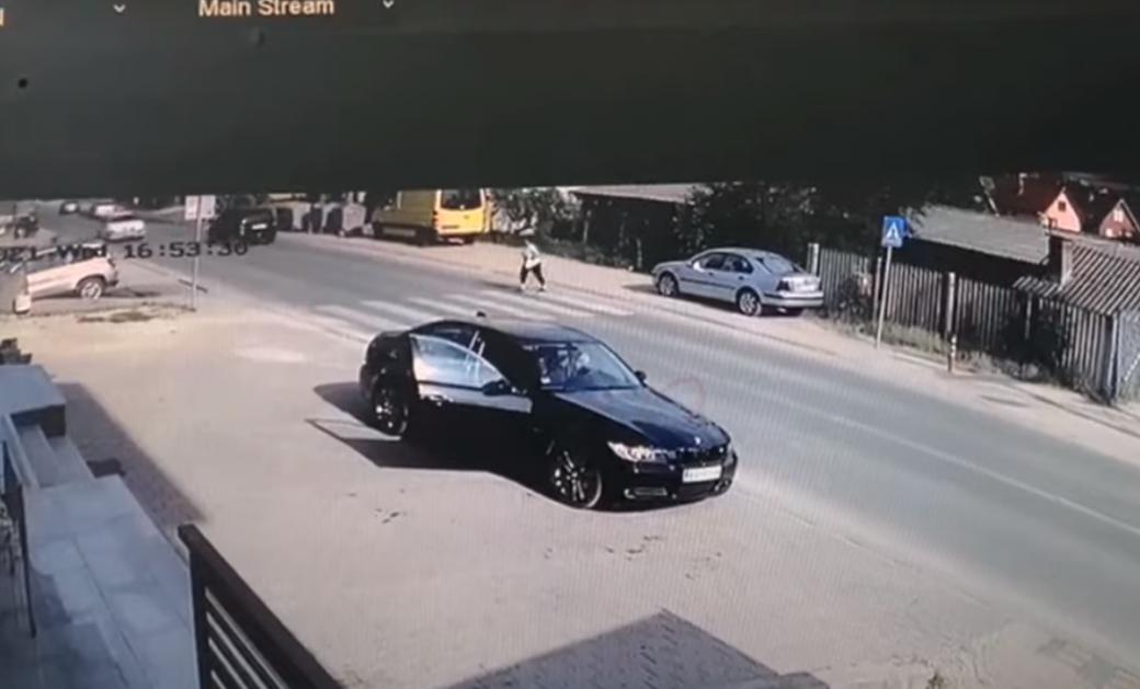 """Još jedno """"obaranje"""" pešaka u Selakovcu (VIDEO)"""
