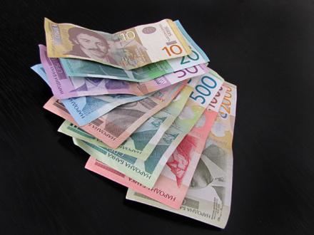 Još para od države sledeće godine? Vučić: Verujem u septembru i oktobru