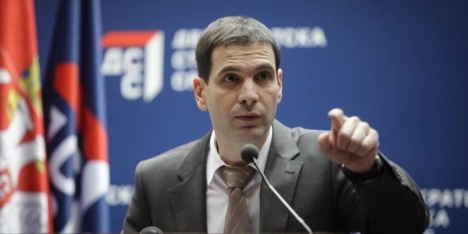 Jovanović (DSS):Ne bežim od odgovornosti da se kandidujem