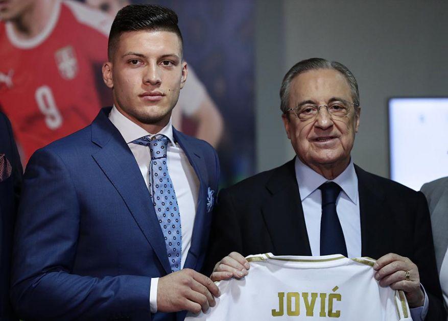 Jović oduševio doktore, navijači ga zovu Ivan Drago!