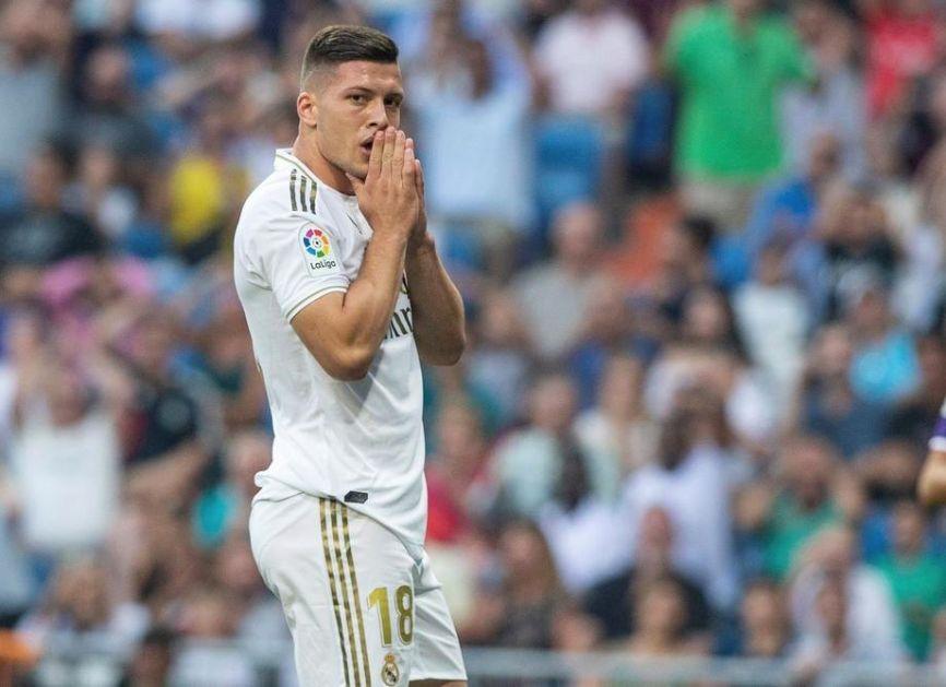 Luka Jović slomio desno stopalo