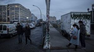 Jugovići s istočne strane Berlinskog zida