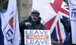 Junker isključuje izmene dogovora o Bregzitu