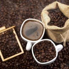 Jutarnjom kafom protiv natečenih očiju? Evo kako
