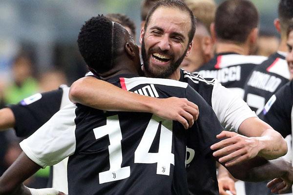 Juve te plaća da odeš! Trojica za dž, Pirlo planira da promeni pola tima, veliki povratak Španca?!