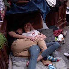 KAD MAJA SAZNA BIĆE HAOSA! Mina i Čorba razmenjivali NEŽNOSTI u njegovom krevetu! (VIDEO)