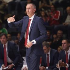 KAKAV ŠOU! Tomićev odgovor novinarima posle pobede Zvezde je bio urnebesan (FOTO)