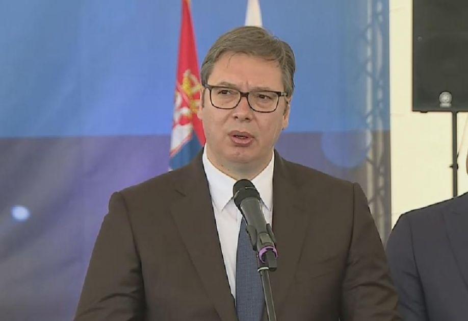 KAKO MOGU NEMAČKA I AUSTRIJA A SRBIJA NE: Vučić o odlukama CG! Mi u to blato nećemo ulaziti ni prebrojavati krvna zrnca!
