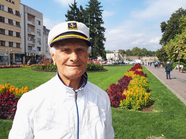 KAKVA PRIČA! Šta sve Cvetko šampion može sa 83 godine?