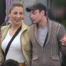 KAKVU ŽENU IMA! Toma PRATI Nadeždu u stopu i BROJI LOVU! Ona peva, a gosti je KITE EVRIMA! (FOTO)