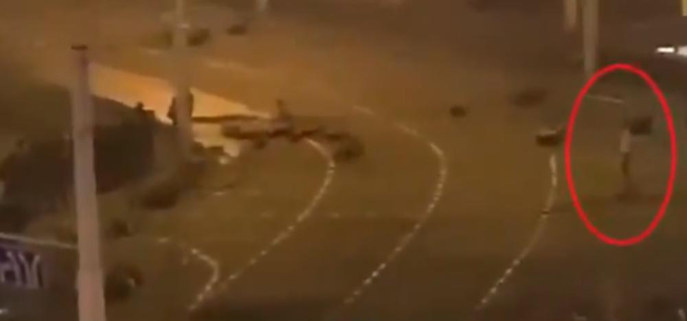 KAMERE SNIMILE SMRT U MINSKU: Ovaj snimak je dokaz da je policija ubila demonstranta? (VIDEO)
