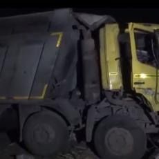 KAMION PREGAZIO 15 MIGRANTA: Spavali su pored puta kada se sve dogodilo, među nastradalima i beba (VIDEO)