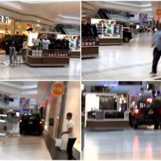 KAO NA FILMU: Džipom uleteo u tržni centar i krenuo da ruši sve pred sobom! (VIDEO)