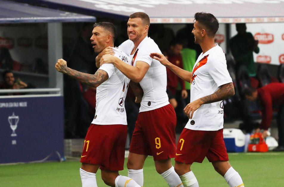 KAPITEN REPREZENTACIJE SRBIJE DOBIO VELIKO PRIZNANJE: Kolarov u najboljem timu Serije A za 2019. godinu