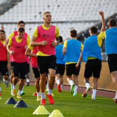 KAZAHSTANCI SE NE ŠALE: Odmah po sletanju otišli na stadion Partizana (VIDEO)