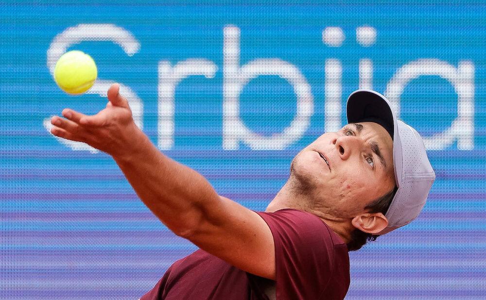 KECMANOVIĆ U DRUGOM KOLU OLIMPIJSKIH IGARA: Srpski teniser pobedio Majhšaka