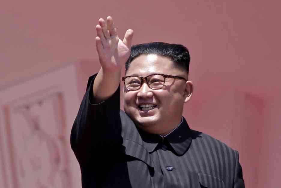 KIMOV KEC U RUKAVU: Severnokorejski lider prisustvovao testiranju novog SUPERORUŽJA (VIDEO)