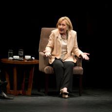 KLINTONOVA JE NAJVEĆI ŠPIJUN U ISTORIJI SAD: Evo koliko je tajnih dokumenata obelodanila Hilari! (VIDEO)