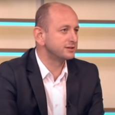 KNEŽEVIĆ NABROJAO ČETIRI KRVAVE RANE: Nova crnogorska vlada mora da počne da vadi noževe iz leđa Srbije