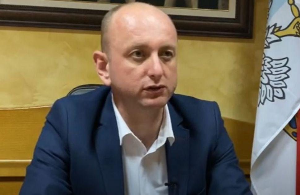 KNEŽEVIĆ PORUČIO: Opstanak vlade Crne Gore zavisi od pomirenja Krivokapića i Leposavića, mi smo spremni na razgovor ali ne i ucene