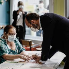 KO IMA KORONU NEMA PRAVO GLASA: Zaraženi virusom kovid19 neće moći na birališta u Albaniji