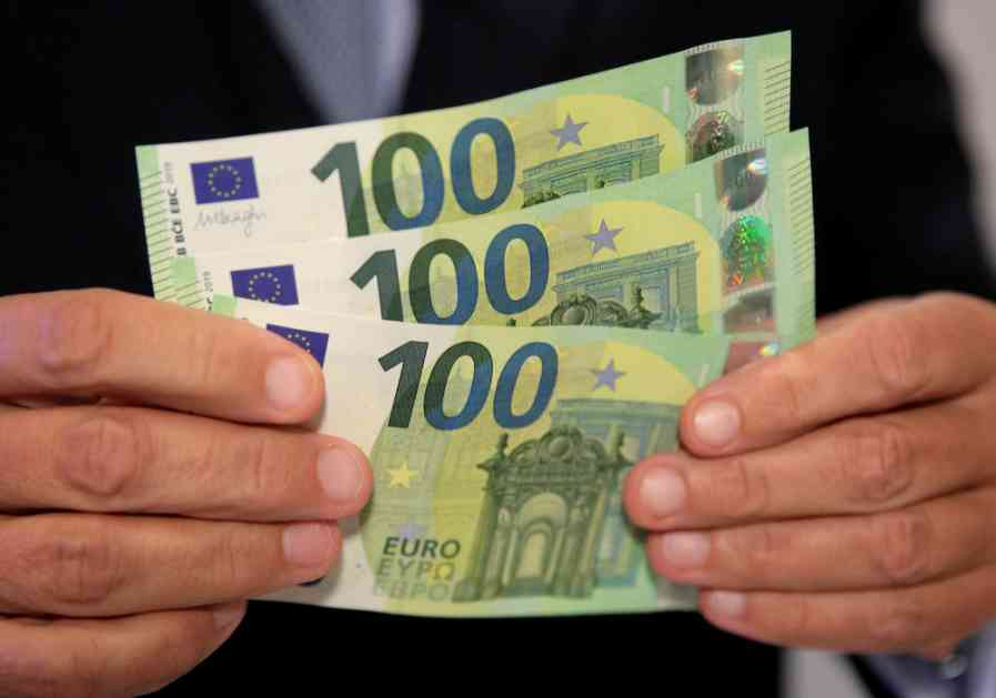 KO PREPORUČI DOBROG RADNIKA DOBIJA 1.350 EVRA U KEŠU: Hrvatska firma u potrazi za radnom snagom nudi vredne nagrade!