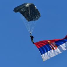 KOBAN SKOK IZ PADOBRANA: Poznat uzrok pogibije pripadnika Vojske Srbije