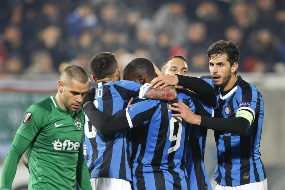 KOLAROV I HRVATI SPASILI KONTEA: Inter do boda protiv Parme u sudijskoj nadoknadi