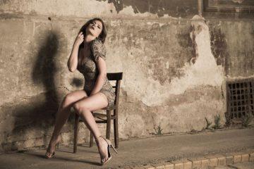 KOLIKO SAMO DOBRO IZGLEDA: Milica Pavlović u izazovnoj haljini SPUŠTA POGLED na njene noge