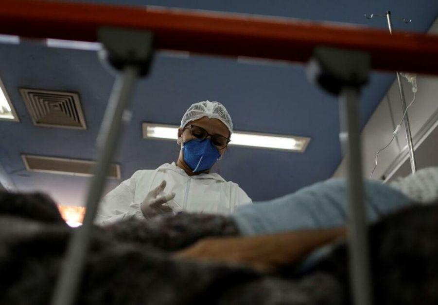 KOLIKO SU STVARNO OTPORNI? Britanski naučnici namerno izlažu virusu ljude koji su preležali koronu