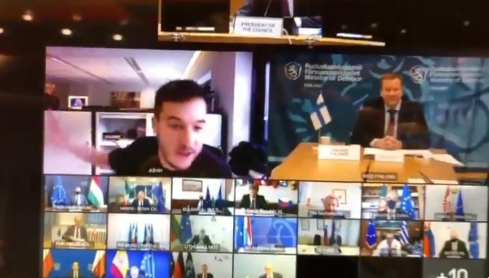 KOMEDIJA NA POVERLJIVOM SASTANKU MINISTARA ODBRANE ZEMALJA EU: Novinar greškom upao, a evo reakcija učesnika skupa! (VIDEO)