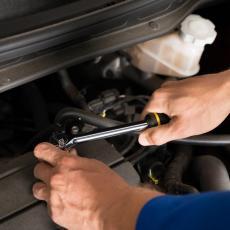 KORISNO: Evo šta na vašem automobilu možete popraviti sami