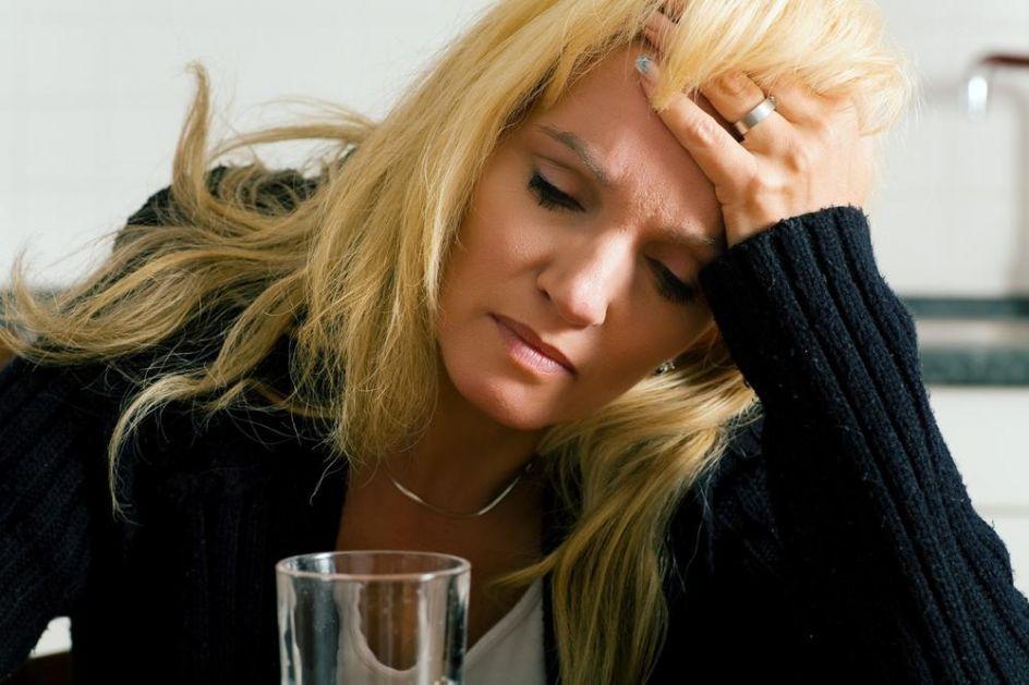 KORONA I ZEMLJOTRESI UDRUŽENO NA HRVATE: Sve više građana traži psihijatrijsku pomoć zbog stresa!
