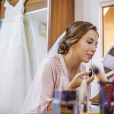 KORONA UDARILA I NA KOZMETIČKU INDUSTRIJU: Drastično opala prodaja šminke u svetu