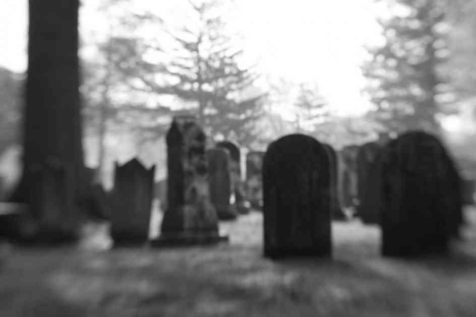 KREMIRALI GA, PA SE POSLE GODINU DANA VRATIO KUĆI: Japanku umalo nije šlog strefio kad je videla mrtvog muža na vratima
