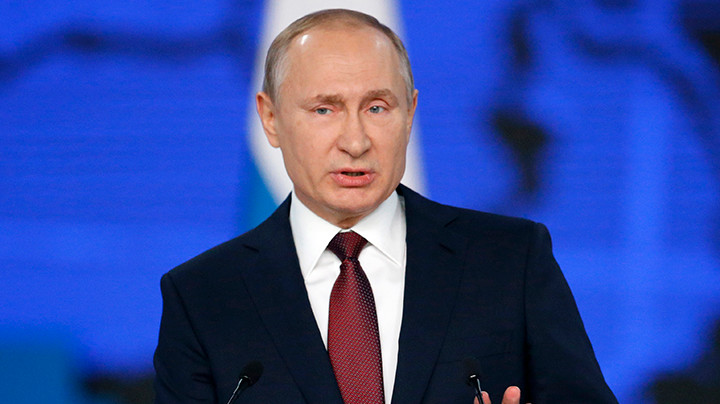 KREMLJ O KARIKATURAMA BBC:Putin ne gleda karikature i ne čita knjige o sebi