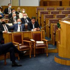KRIVOKAPIĆ NAJAVIO PROMENE! Premijer Crne Gore otkrio šta će biti sa ZAKONOM O SLOBODI VEROISPOVESTI
