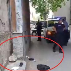 KRVAVI OBRAČUN U ZLATARI: Povređeni i vlasnik i pljačkaš, na ulici ostala odeća i paketi nakita (VIDEO)