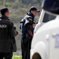 KRVAVO JUTRO U ZEMUNU: Maskirani napadač izbo muškarca (33)