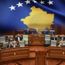 KUPOVINA GLASOVA NA KOSMETU: Naša krhka demokratija će nastaviti da tone