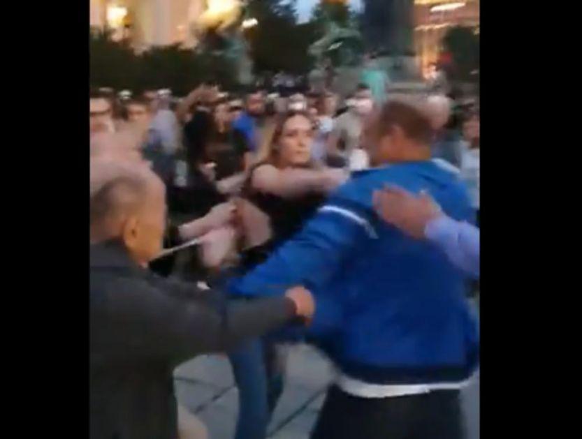 KURIR SAZNAJE: Uhapšen muškarac koji ne napao ženu ispred Skupštine Srbije!
