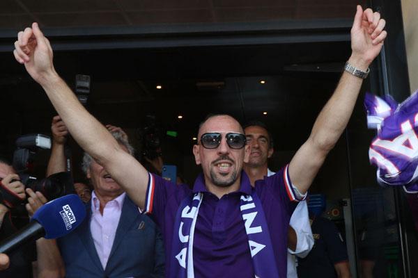Kada je gazda Fiorentine rekao da je Riberi bolji od Kristijana, sigurno je mislio na ovaj snimak! (video)
