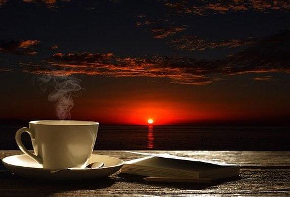 Kafa je nešto čime započinjete dan, a dodajući ove sastojke možete smršati!
