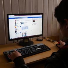 Kako da VRATITE HRONOLOŠKI FID na Fejsbuku?