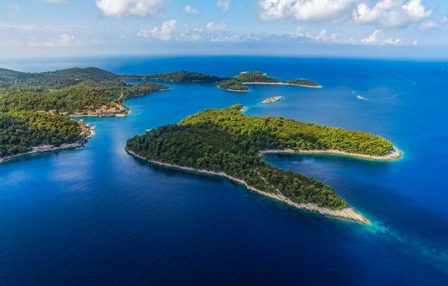 Kako nagovoriti komšije da ostanu da žive na ostrvima?