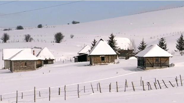 Kako se meštani srpskog Sibira bore sa snegom