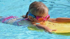Kako se ponašati na bazenima i jezerima tokom epidemije korona virusa?