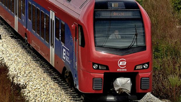 Kamenice na novi voz, oštećena karoserija