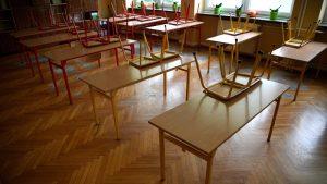 Kancelarija za KiM: Obijena ulazna vrata osnovne škole u Obiliću