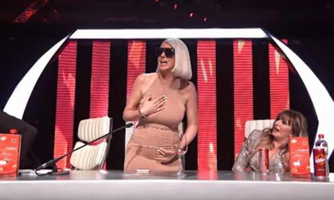 Karleuša i Marija u klinču pred kamerama (VIDEO)